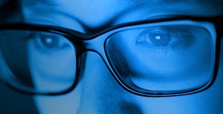Comment se protéger efficacement contre les effets néfastes de la lumière bleue ?